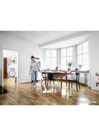 Пылесос Karcher FC 3 Premium Home Line 1.055-360.0