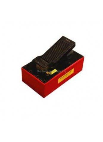 Насос пневмогидравлический ножной 4,5л BIG RED (br-TRA5103)